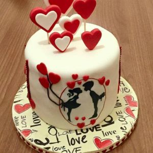 erect Hearts on Cake Top. hearts like ripple ion Red and White
