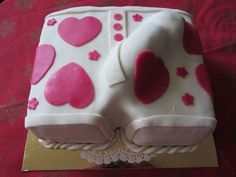 His Private Love Cake for Girls